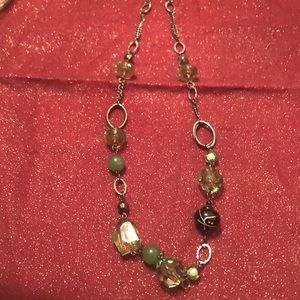 💍$4 for12 Beautiful green and gunmetal necklace